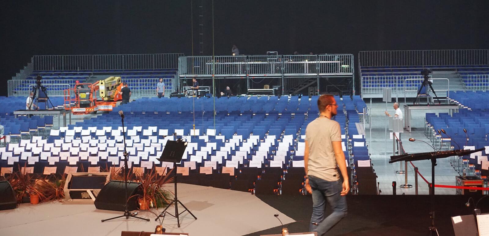 Montaż trybun sportowych na Symphoethnic 2019 Katowice